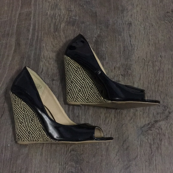 JustFab Shoes   Black Patent Wedge